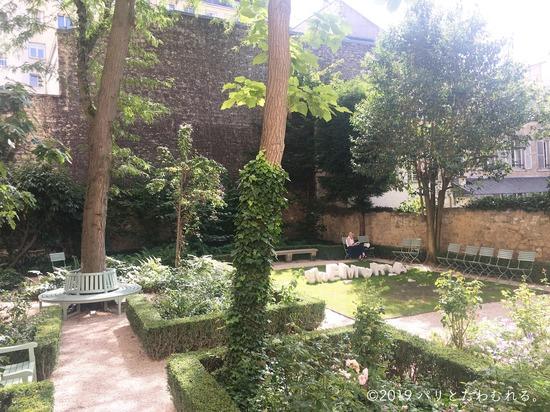 ドラクロワ美術館中庭