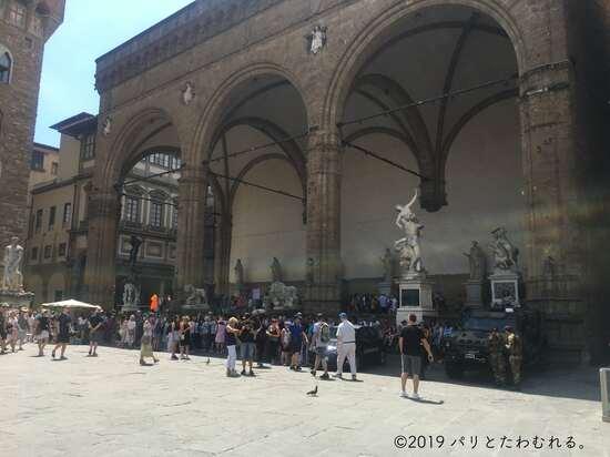 ヴェッキオ宮殿前の広場