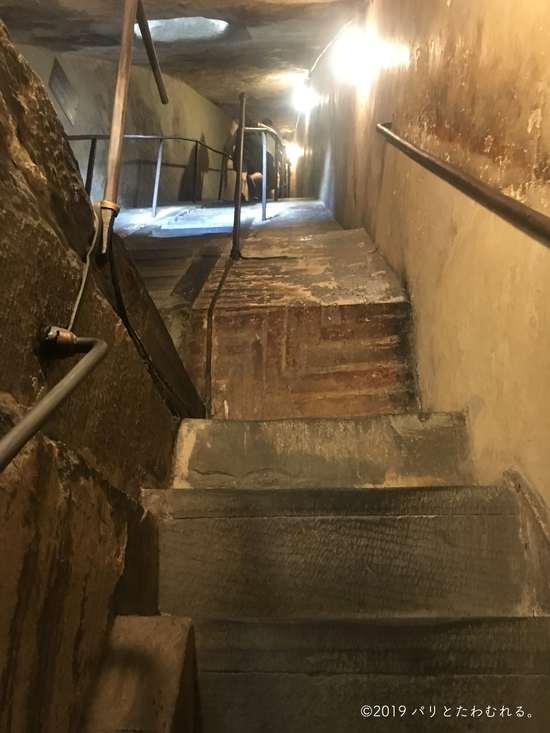 ドゥオモの階段