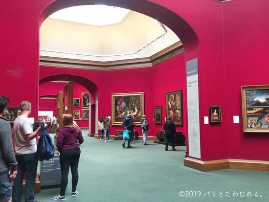 スコットランド国立美術館内観