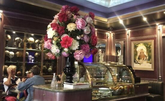 パリ・サン=ルイ島の人気アイス店「ベルティヨン 」でパフェを食べてきた!
